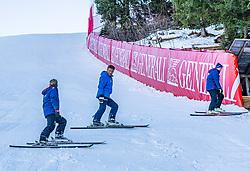 10.01.2020, Streif, Kitzbühel, AUT, FIS Weltcup Ski Alpin, Schneekontrolle durch die FIS, im Bild v.l. Herbert Hauser (Pistenchef Streif), Hannes Trinkl (FIS Renndirektor), Thomas Voithofer (Rennstrecken Begrenzungen) // f.l. Herbert Hauser slope Manager Streif Hannes Trinkl FIS Racedirector and Thomas Voithofer racetrack boundary during snow control by the FIS for the FIS ski alpine world cup at the Streif in Kitzbühel, Austria on 2020/01/10. EXPA Pictures © 2020, PhotoCredit: EXPA/ Stefan Adelsberger