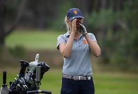 NUNSPEET  -  Anne-Sterre den Dunnen (Jong Oranje)  met rangefinder, , speler NGF Nationale selectie golf Nationale team,   COPYRIGHT KOEN SUYK