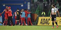 BILDET INNGÅR IKEK I FASTAVTALER. ALL NEDLASTING BLIR FAKTURERT.<br /> <br /> Fotball<br /> Tyskland<br /> Foto: imago/Digitalsport<br /> NORWAY ONLY<br /> <br /> 23.09.2016 - Fussball - Saison 2016 2017 - 2. Fussball - Bundesliga - 07. Spieltag: SpVgg Greuther Fürth Fuerth - SV Sandhausen - / - Veton Berisha (19, SpVgg Greuther Fürth ) enttäuscht / Enttäuschung nach Gegentor Tor zum 1:1 durch Andrew Wooten (8, SV Sandhausen ) - im Hintergrund Torjubel Jubel Freude