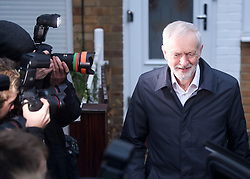 © Licensed to London News Pictures. 16/01/2019. London, UK. Labour Party Leader JEREMY CORBYN is seen leaving his London home the morning after he called a vote of no confidence in British Prime Minster Theresa May. MPs last night rejected Theresa May's proposed transition deal with the EU on the UK's exit from the European Union, by a majority of 230. Photo credit: Ben Cawthra/LNP