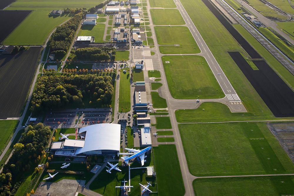 Nederland, Flevoland, Lelystad, 24-10-2013. Close-up Vliegveld Lelystad Airport met Nationaal Luchtvaart-Themapark Aviodrome.<br /> Close-up Lelystad Airport in the polder in between the farmland of the province Flevoland.<br /> luchtfoto (toeslag op standaard tarieven);<br /> aerial photo (additional fee required);<br /> copyright foto/photo Siebe Swart.
