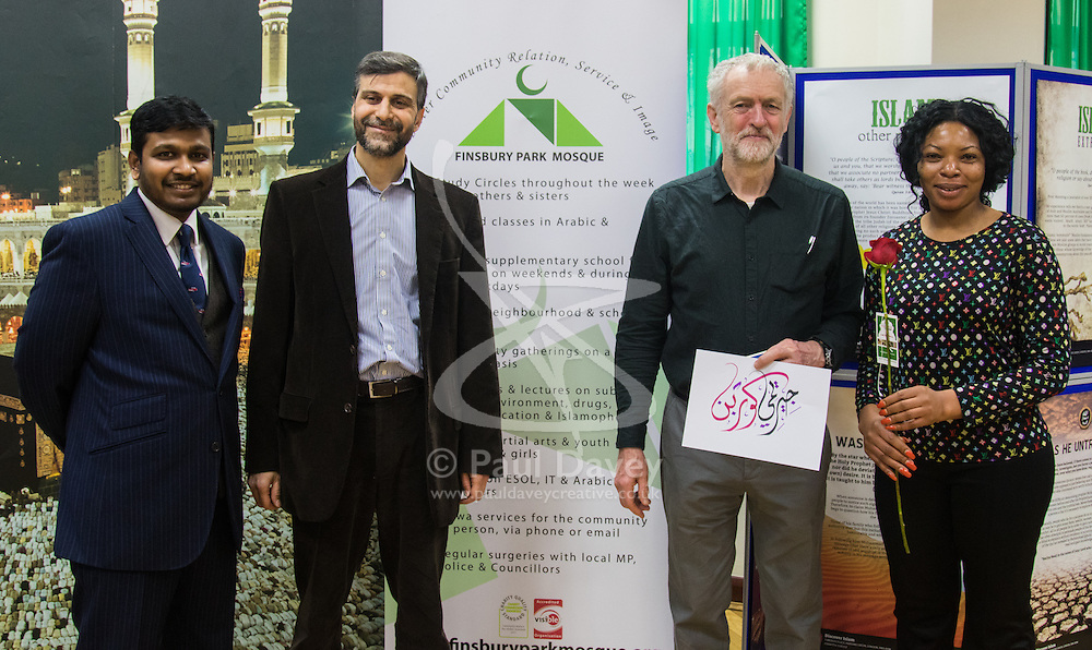 """Finsbury Park Mosque, London, February 7th 2016. Jeremy Corbyn poses with local lcommunity leaders during a visit to Finsbury Park Mosque as part of a Visit My Mosque initiative by the Muslim Council of Britain to show non-Muslims """"how Muslims connect to God, connect to communities and to neighbours around them"""".<br /> . ///FOR LICENCING CONTACT: paul@pauldaveycreative.co.uk TEL:+44 (0) 7966 016 296 or +44 (0) 20 8969 6875. ©2015 Paul R Davey. All rights reserved."""