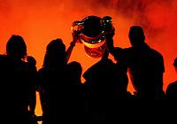 Milano 24 maggio 2007<br /> <br /> Il Milan festeggia la coppa Campioni davanti ai tifosi in piazza Duomo a Milano<br /> <br /> Ac Milan players celebrate on a bus with Champions League trophy in Duomo square<br /> <br /> Foto Inside/Paco Serinelli