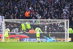 January 14, 2018 - Lyon, France - 07 Karl TOKO EKAMBI (sco) - PENALTY - BUT (Credit Image: © Panoramic via ZUMA Press)