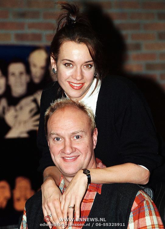 Henk Poort en Marjolein Keuning cast van de musical Closer than Ever