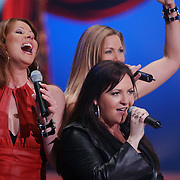 Finale Nationaal Songfestival 2005, Femme Vocale, Liane Hoogeveen, Mariske Heggenberg, Nathaly Masclè