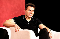 November 19, 2016 - Los Angeles, Kalifornien, USA - Brian Chesky spricht auf dem Airbnb Open 2016 zum Thema 'The Game Plan: Strategies for Entrepreneurs' im Orpheum Theatre. Los Angeles, 19.11.2016 (Credit Image: © Future-Image via ZUMA Press)
