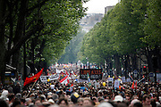 Crowds on Boulevard Henri IV, May Day March, Paris, 1 May 2009