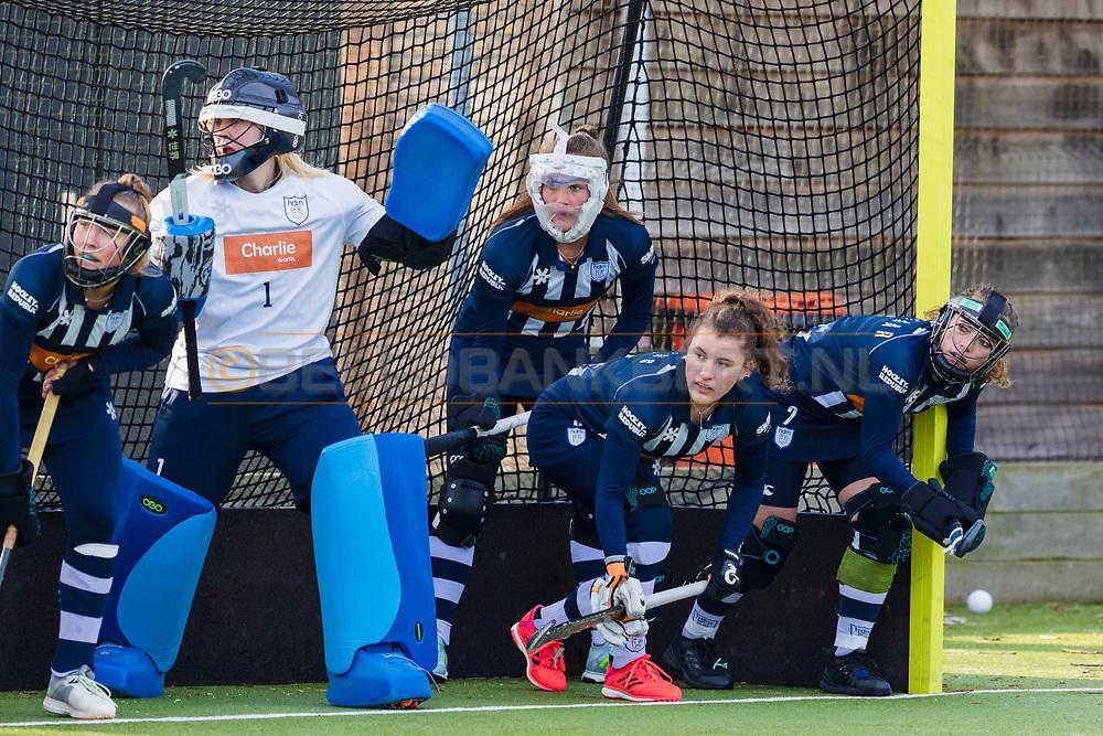 BILTHOVEN -  Hoofdklasse competitiewedstrijd dames, SCHC v hdm, seizoen 2020-2021.<br /> Foto: hdm verdedigt strafcorner met Keeper Julia Remmerswaal (hdm)