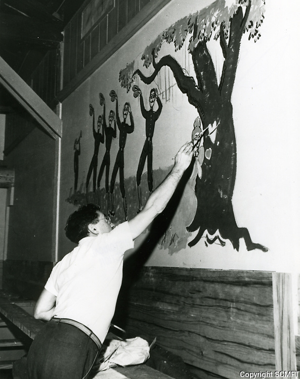 1942 Painting A Wall At The Hollywood Canteen