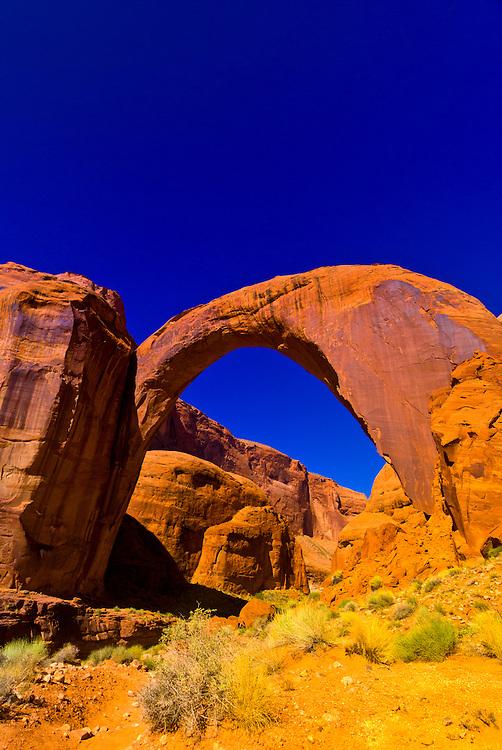 Rainbow Bridge arch (world's largest known natural bridge), Rainbow Bridge National Monument, Lake Powell, Glen Canyon National Recreation Area, Arizona/Utah border USA
