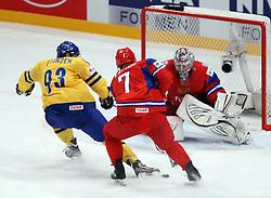 11.05.2012, Ericsson Globe, Stockholm, SWE, IIHF, Eishockey WM, Russland (RUS) vs Schweden (SWE), im Bild Russia 7 Dmitri Kalinin (SKA St Petersburg) prevents Sverige Sweden 93 Johan Franzen from scoring on a break-away // during the IIHF Icehockey World Championship Game between Russia (RUS) and Sweden (SWE) at the Ericsson Globe, Stockholm, Sweden on 2012/05/11. EXPA Pictures © 2012, PhotoCredit: EXPA/ PicAgency Skycam/ Morten Christensen..***** ATTENTION - OUT OF SWE *****