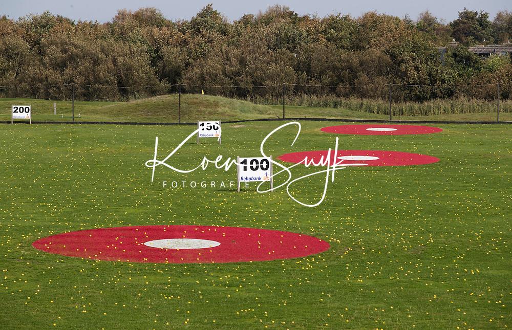 TEXEL - De Cocksdorp.  - driving range . Golfbaan De Texelse. COPYRIGHT KOEN SUYK