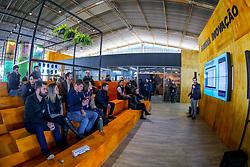 """Esteio/RS, 25/08/2018 - Arena Inovação - Pitchs startups durante O Salão do Empreendedor que está ocorrendo na Expointer 2018, trará nesta edição, destaque para as cadeias produtivas da Soja, Pecuária do Corte e Vinicultura, com a perspectiva """"Do Campo à Mesa"""". O espaço está localizado no Pavilhão Internacional do Parque de Exposições Assis Brasil, em Esteio/RS, de 25 de Agosto a 02 de Setembro. Foto: Marcos Nagelstein/ Agência Preview"""
