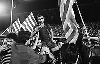 Fotball<br /> Barcelona Historie<br /> Foto: imago/Digitalsport<br /> NORWAY ONLY<br /> <br /> 16.05.1979  <br /> Hans Krankl (FC Barcelona) wird nach seinem 4:3 Siegtreffer von den Barca-Fans auf Schultern getragen