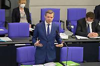 DEU, Deutschland, Germany, Berlin, 24.02.2021: Thomas Silberhorn (CSU), Parlamentarischer Staatssekretär im Bundesverteidigungsministerium, beantwortet Fragen der Abgeordneten bei der Fragestunde in der Plenarsitzung im Deutschen Bundestag.