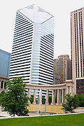 Smurfit-Stone Building in the background with colonnades and fountain at the Millennium Park. Chicago Illinois USA
