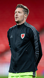 LONDON, ENGLAND - Thursday, October 8, 2020: Wales' goalkeeper Wayne Hennessey lines-up for the national anthem before the International Friendly match between England and Wales at Wembley Stadium. The game was played behind closed doors due to the UK Government's social distancing laws prohibiting supporters from attending events inside stadiums as a result of the Coronavirus Pandemic. England won 3-0. (Pic by David Rawcliffe/Propaganda)