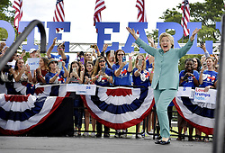 November 5, 2016 - Pembroke Pines, Florida, USA - Hillary Clinton presidential campaigning, Pembroke Pines, Florida, USA, 2016-11-06..(c) BARDELL ANDREAS  / Aftonbladet / IBL Bildbyr√•....* * * EXPRESSEN OUT * * *....AFTONBLADET / 2916 (Credit Image: © Aftonbladet/IBL via ZUMA Wire)