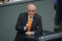 17 FEB 2016, BERLIN/GERMANY:<br /> Volker Kauder, CDU, CDU/CSU Fraktionsvorsitzender, haelt eine Rede, waehrend der Debatte zur Regierunsgerklaerung der Bundeskanzlerin zum Europaeischen Rat, Plenum, Deutscher Bundestag<br /> IMAGE: 20160217-03-051<br /> KEYWORDS: Debatte