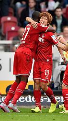 16.08.2015, Mercedes Benz Arena, Stuttgart, GER, 1. FBL, VfB Stuttgart vs 1. FC Koeln, 1. Runde, im Bild Torjubel, Jubel, Freude, Emotion bei Yuya Osako 1. FC Koeln nach dem 1:3 TOR bedankt sich bei Anthony Modeste 1. FC Koeln der die Vorlage gab (links) // during the German Bundesliga 1st round match between VfB Stuttgart and 1. FC Cologne at the Mercedes Benz Arena in Stuttgart, Germany on 2015/08/16. EXPA Pictures © 2015, PhotoCredit: EXPA/ Eibner-Pressefoto/ Weber<br /> <br /> *****ATTENTION - OUT of GER*****