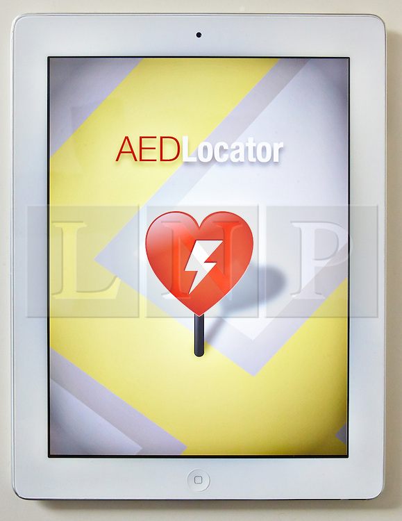 © Licensed to London News Pictures.  14/11/2013. BUCKINGHAMSHIRE, UK. Screenshot of the Automatic External Defibrillator (AED) Locator app created by South Central Ambulance Service (SCAS) NHS Foundation Trust which identifies over 600 AEDs in Berkshire, Buckinghamshire, Hampshire and Oxfordshire. The app is the first to be launched by an ambulance trust and provides exact details of the nearest AED location in an emergency and CPR instructions. <br /> <br /> in cases of sudden cardiac arrest outside hospital, only 1 in 10 people survive. However, when bystanders provide CPR and use automated external defibrillators (AEDs) before emergency medical services personnel arrive, as many as 4 in 10 victims survive.<br /> <br /> The AED Locator for iPhone and iPad can be downloaded from the Apple iTunes Store. Versions for Android and Blackberry operating systems are currently in development.<br /> <br /> Photo credit: Cliff Hide/LNP