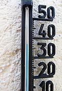 Nederland, Ubbergen, 2-8-2013De thermometer aan ons huis geeft 37 graden celcius in de schaduw aan. De warmste, heetste dag van het jaar.Foto: Flip Franssen/Hollandse Hoogte