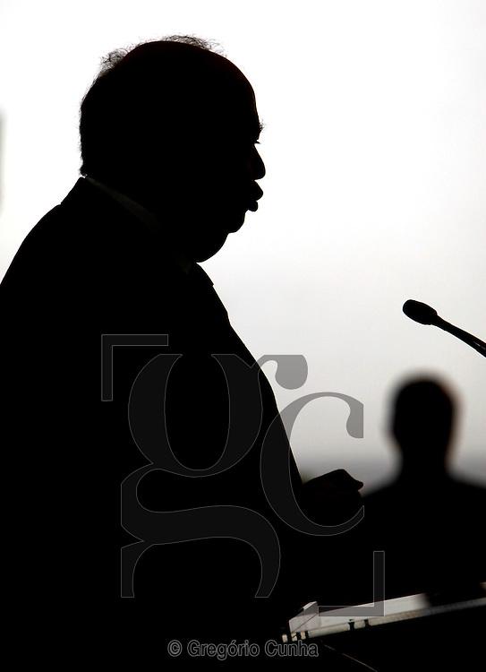 Sess,,o da abertura do ano academico na Universidade da Madeira.Alberto Joao Jardim.Foto Gregorio Cunha