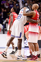 Real Madrid's Othello Hunter and EA7 Emporio Armani Milan's Ricky Hickman during Turkish Airlines Euroleage match between Real Madrid and EA7 Emporio Armani Milan at Wizink Center in Madrid, Spain. January 27, 2017. (ALTERPHOTOS/BorjaB.Hojas)