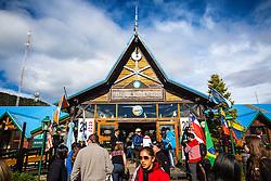Turistas na estação do Trem do Fim do Mundo na Rodovia Nacional número 3, em Ushuaia, Patagônia Argentina. FOTO: Jefferson Bernardes/ Agência Preview