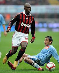 20-03-2010 VOETBAL: AC MILAN - NAPOLI: MILAAN<br /> Milan speelt gelijk 1-1 tegen Napoli / Clarence SEEDORF Milan e Walter GARGANO <br /> ©2010- nph /   N. Zangirolami