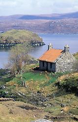 Abandoned croft next to Loch Shiphoirt Maraig; Harris; Outer Hebrides; Scotland May 1999