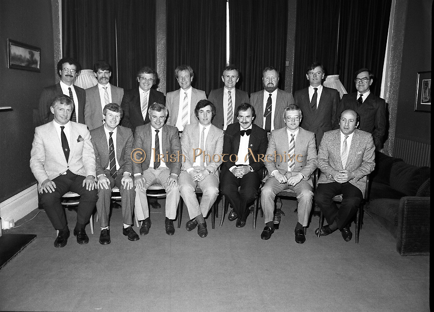 Rugby Team Reunion.at The Orwell Lodge Hotel..1986..24.05.1986..05.24.1986..24th May 1986..Rugby team of 25 years ago meet for a reunion..Unfortunately we do not have the caption sheet for those photographed here. If you were there or know the people involved why not get in touch at info@irishphotoarchive.ie and we will be delighted to add the information