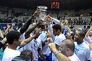 DESCRIZIONE : Final Eight Coppa Italia 2015 Finale Olimpia EA7 Emporio Armani Milano - Dinamo Banco di Sardegna Sassari GIOCATORE : Teem Banco di Sardegna Sassari<br /> CATEGORIA : Esultanza postgame<br /> SQUADRA : Banco di Sardegna Sassari<br /> EVENTO : Final Eight Coppa Italia 2015 GARA : Olimpia EA7 Emporio Armani Milano - Dinamo Banco di Sardegna Sassari DATA : 22/02/2015 SPORT : Pallacanestro AUTORE : Agenzia Ciamillo-Castoria/I.Mancini