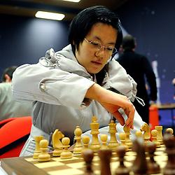 20-01-2009 SCHAKEN: CORUS CHESS: WIJK AAN ZEE<br /> Yifan Hou CHN <br /> ©2009-WWW.FOTOHOOGENDOORN.NL