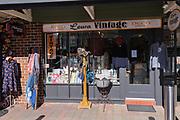 Leura Vintage Shop, Leura, The Blue Mountains, NSW, Australia.