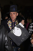 Boy George. Be a Bag, Irish Club, London. In aid of the Lavender Trust. 17 September 2001. © Copyright Photograph by Dafydd Jones 66 Stockwell Park Rd. London SW9 0DA Tel 020 7733 0108 www.dafjones.com