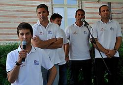 Mathieu Richard introduces his team at the opening ceremony. Photo: Chris Davies/WMRT