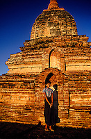 Sunrise on the Ywa Haung Gyi Temple, Bagan (Pagan), Burma (Myanmar)