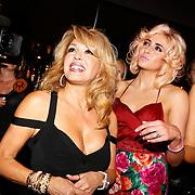 NLD/Amsterdam/20100913 - Verjaardagsfeestje Modemeisjes met een missie, Patricia Paay en dochter Christina Curry