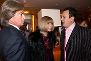 RICHARD CARING; ANNA WINTOUR; DETMAR BLOW, BOOK PARTY FOR BLOW BY BLOW BY DETMAR BLOW AND TOM SYKES. ANNABEL'S. BERKELEY SQ. LONDON. 21 SEPTEMBER 2010. -DO NOT ARCHIVE-© Copyright Photograph by Dafydd Jones. 248 Clapham Rd. London SW9 0PZ. Tel 0207 820 0771. www.dafjones.com.