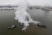 20200623/ Daniel Rodriguez - adhocFOTOS/ URUGUAY/ MONTEVIDEO/ PUERTO/ Barco de pesca de bandera coreana se incendia en el Puerto de Montevideo.<br /> En la foto: Barco de pesca de bandera coreana se incendia en el Puerto de Montevideo. Foto: Daniel Rodriguez /adhocFOTOS