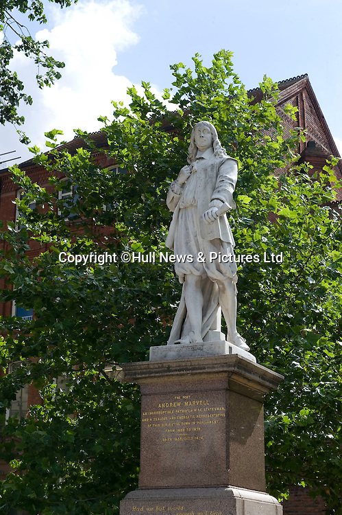 27 August 2014 Images of Kingston Upon Hull, East Yorkshire.<br /> Statue of poet Andrew Marvel.<br /> Picture: Sean Spencer/Hull News & Pictures Ltd<br /> 01482 772651/07976 433960<br /> www.hullnews.co.uk   sean@hullnews.co.uk