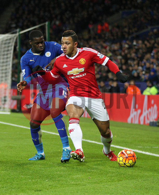Jeffrey Schlupp of Leicester City (L) and Memphis Depay of Manchester United in action  - Mandatory byline: Jack Phillips/JMP - 07966386802 - 28/11/2015 - SPORT - FOOTBALL - Leicester - King Power Stadium - Leicester City v Manchester United - Barclays Premier League