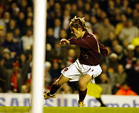 Photo: Chris Ratcliffe.<br />Arsenal v Reading. Carling Cup. 29/11/2005.<br />Arturo Lupoli scores the third goal