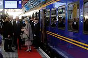 Koningin Beatrix opent nieuwe spoorlijn Hanzelijn op station Lelystad.De koningin is de eerste officiele reiziger in haar eigen koninklijke trein. Aan het spoortraject, dat de Randstad met het noorden van Nederland verbindt, is 6 jaar lang gewerkt. ///// Queen Beatrix opens the new railway line (Hanzelijn) in Lelystad.The Queen is the first official passenger in her own royal train. The railway line connects  the Randstad to the north of the Netherlands.<br /> <br /> Op de foto/ On the photo:  Koningin Beatrix komt aan op Lelystad haar eigen koninklijke trein. //// Queen Beatrix arrives at Lelystad her own royal train.