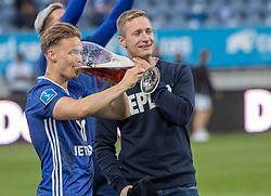 André Riel (Lyngby Boldklub) fester efter kampen i 3F Superligaen mellem Lyngby Boldklub og Hobro IK den 20. juli 2020 på Lyngby Stadion (Foto: Claus Birch).