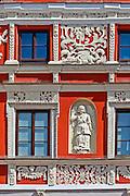 Zdobienia kamienicy ormiańskiej na Rynku Wiekim w Zamościu