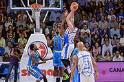 DESCRIZIONE : Beko Legabasket Serie A 2015- 2016 Dinamo Banco di Sardegna Sassari -Vanoli Cremona<br /> GIOCATORE : Joe Alexander<br /> CATEGORIA : Tiro Controcampo Equilibrio<br /> SQUADRA : Dinamo Banco di Sardegna Sassari<br /> EVENTO : Beko Legabasket Serie A 2015-2016<br /> GARA : Dinamo Banco di Sardegna Sassari - Vanoli Cremona<br /> DATA : 04/10/2015<br /> SPORT : Pallacanestro <br /> AUTORE : Agenzia Ciamillo-Castoria/L.Canu