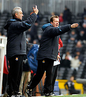 Photo: Alan Crowhurst.<br />Fulham v West Ham United. The Barclays Premiership. 23/12/2006. West Ham coach Alan Curbishley (R) shouts the orders.